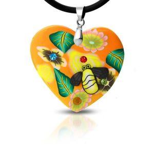 Colier FIMO - inimă portocalie cu flori și albină imagine