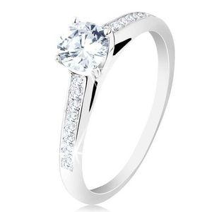 Inel de logodnă din argint 925, brațe cu zirconii transparente, un zirconiu rotund în montură - Marime inel: 48 imagine