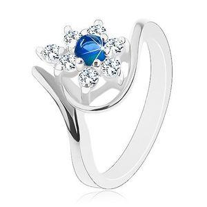 Inel strălucitor de culoare argintie, zirconiu albastru închis, petale transparente - Marime inel: 49 imagine