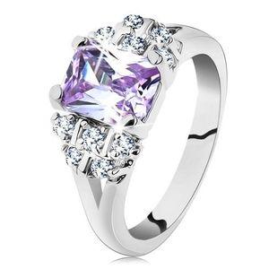 Inel de culoare argintie cu brațe despicate, zirconiu violet deschis - Marime inel: 49 imagine