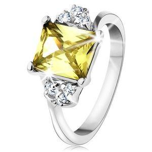 Inel de culoare argintie, zirconiu dreptunghiular de culoare verde-gălbui - Marime inel: 48 imagine