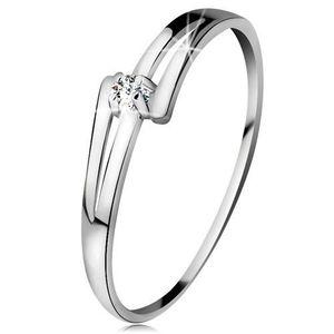 Inel din aur alb 14K - brațe lucioase despicate, diamant transparent - Marime inel: 49 imagine