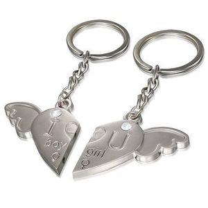 Brelocuri pentru cuplu - inimă cu aripa de înger, inscripție ușor gravată, zirconii imagine
