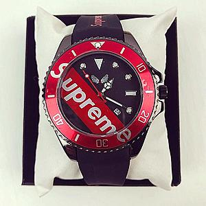 Ceas barbatesc negru cu cadran rosu negru din silicon imagine