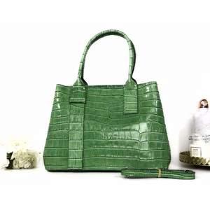 Geantă verde piele naturală Ariadna imagine