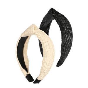 ABOUT YOU Accesorii pentru păr 'Fabienne' galben pastel / negru imagine