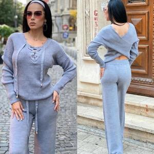 Compleu dama tricotat gri cu bluza petrecuta si pantalon evazat imagine