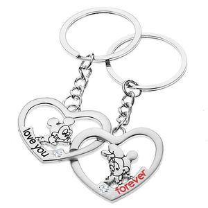 Brelocuri pentru cuplu - inimi cu Mickey și Minnie imagine