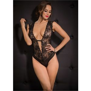 Body erotic decupat imagine