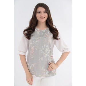 Bluza cu print floral si spatele alb imagine